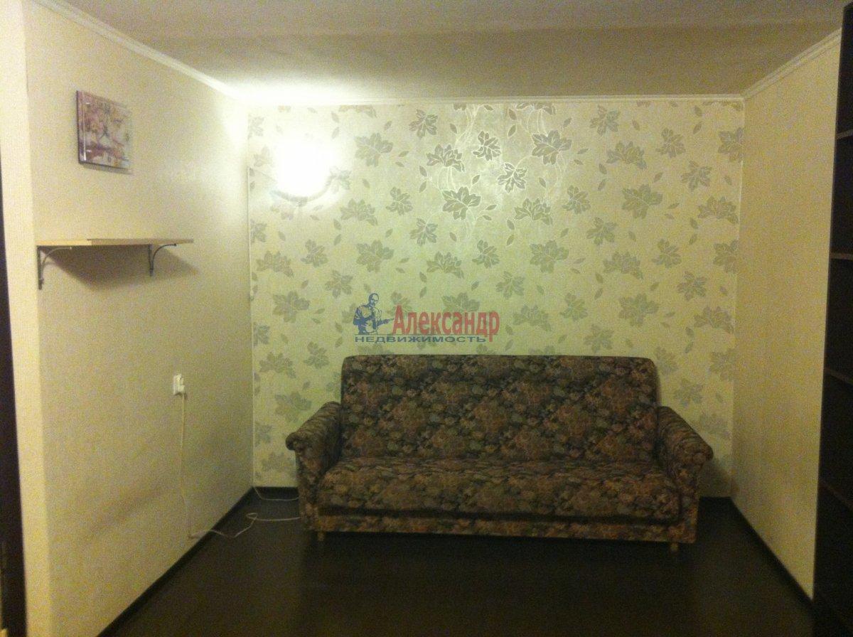 1-комнатная квартира (34м2) в аренду по адресу Прибрежная ул., 10— фото 6 из 7