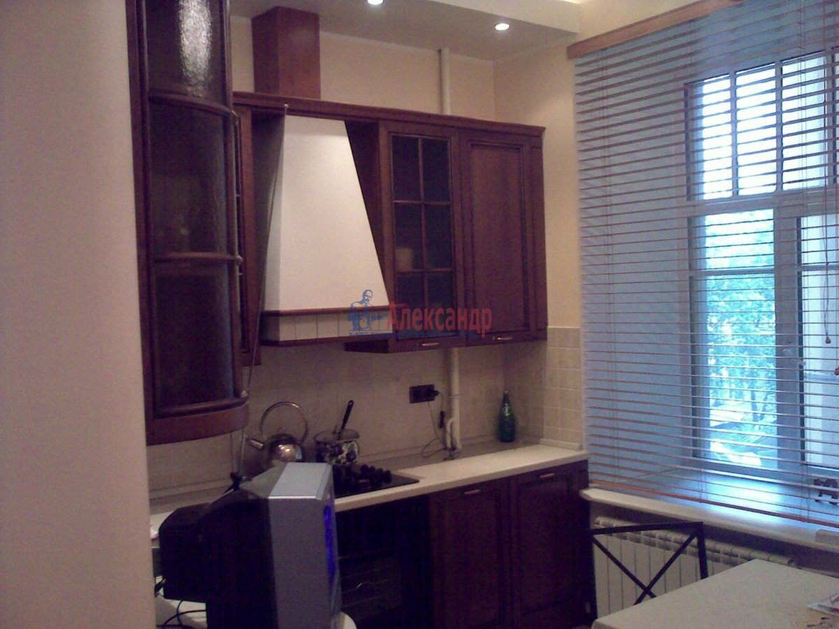 1-комнатная квартира (35м2) в аренду по адресу Десантников ул., 12— фото 5 из 8