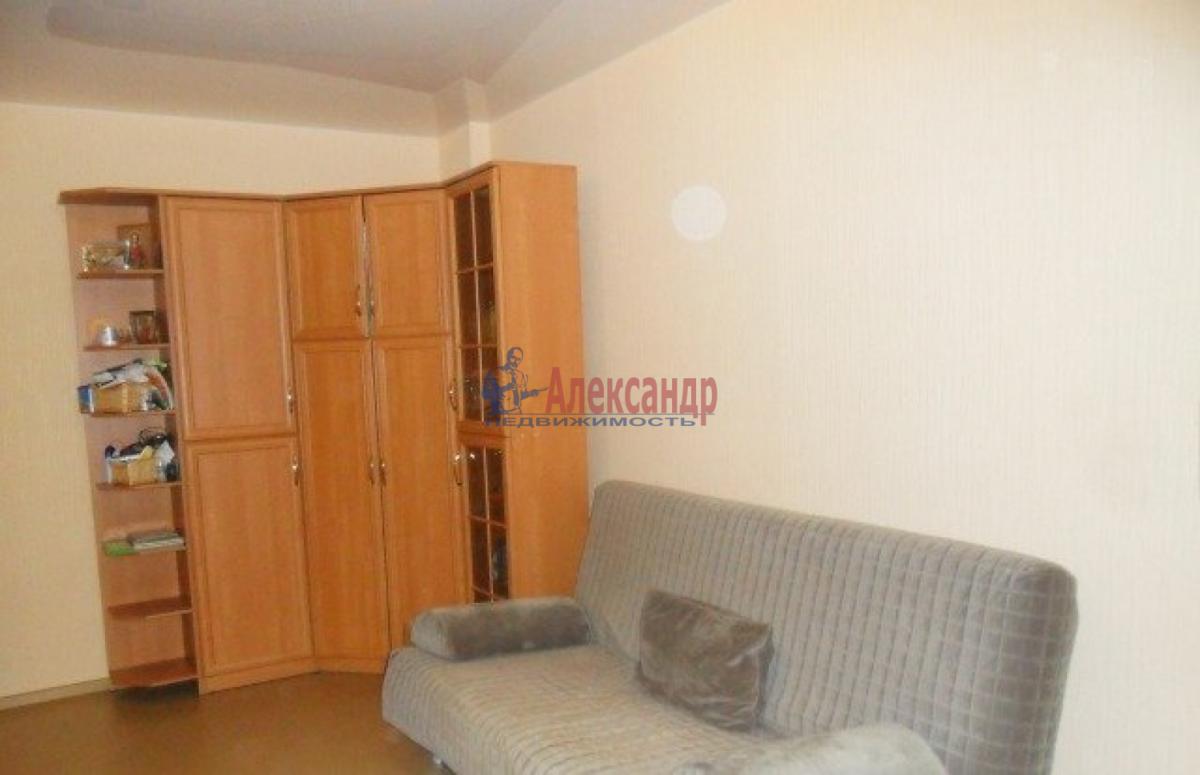 1-комнатная квартира (38м2) в аренду по адресу Маринеско ул., 4— фото 1 из 5