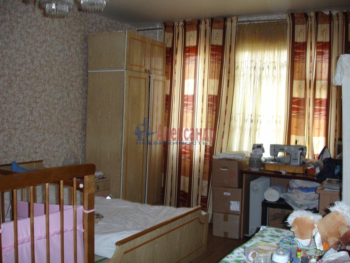 1-комнатная квартира (34м2) в аренду по адресу Гранитная ул., 54— фото 1 из 4