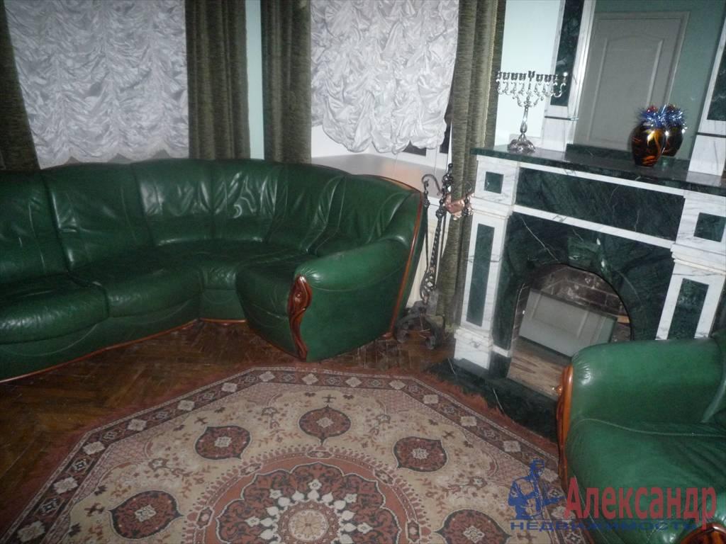 3-комнатная квартира (74м2) в аренду по адресу Рубинштейна ул., 15— фото 1 из 4