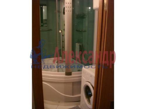 3-комнатная квартира (99м2) в аренду по адресу Пулковская ул., 10— фото 5 из 5