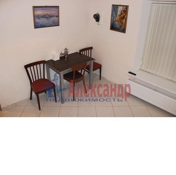1-комнатная квартира (50м2) в аренду по адресу Ропшинская ул., 3— фото 5 из 6