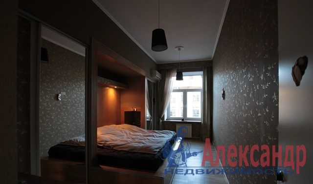 1-комнатная квартира (40м2) в аренду по адресу Беринга ул., 27— фото 1 из 2