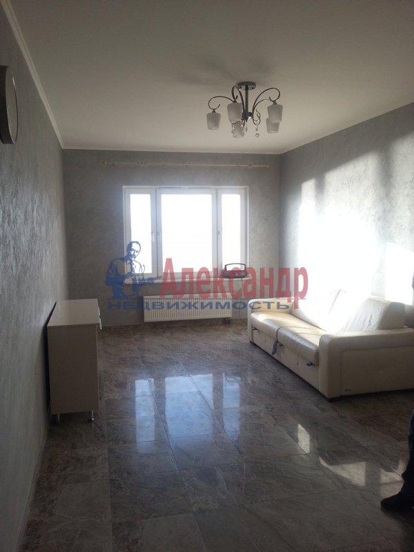 3-комнатная квартира (95м2) в аренду по адресу Наличная ул., 28— фото 5 из 16