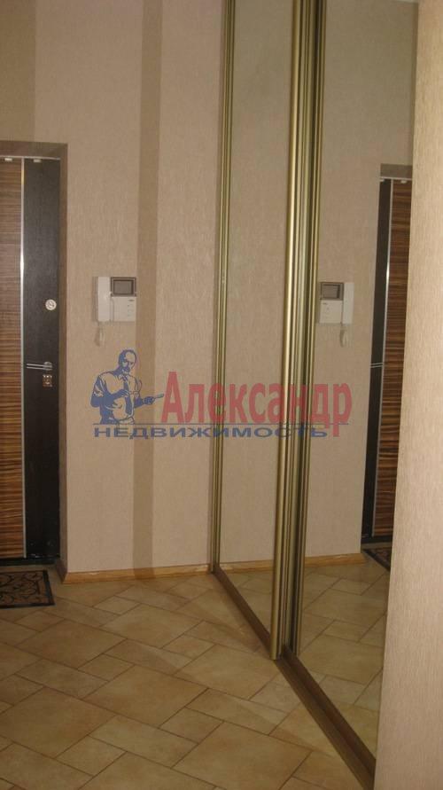 2-комнатная квартира (70м2) в аренду по адресу Мытнинская ул., 2— фото 11 из 12