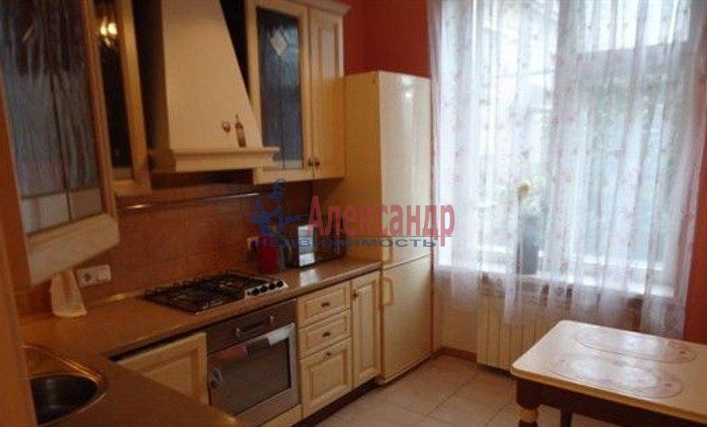 3-комнатная квартира (70м2) в аренду по адресу 3 линия В.О., 52— фото 4 из 4