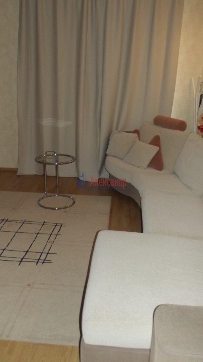 1-комнатная квартира (35м2) в аренду по адресу Чернышевского пр., 4— фото 1 из 3