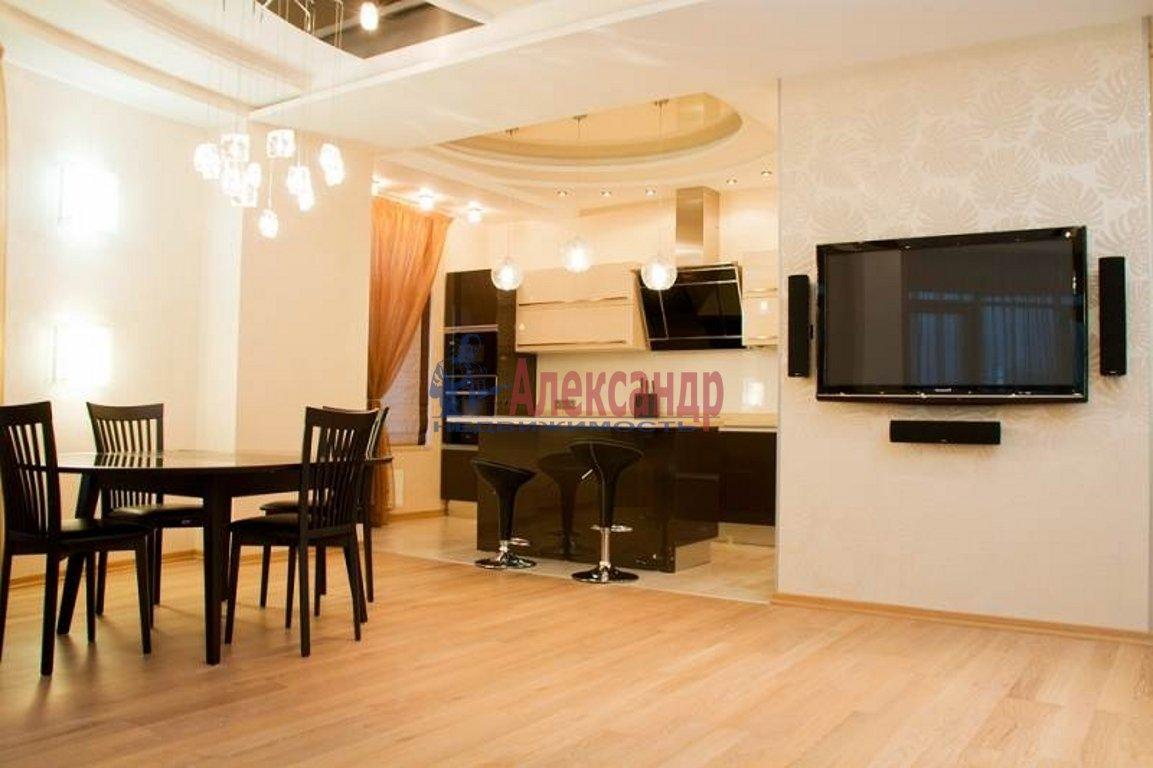 3-комнатная квартира (100м2) в аренду по адресу Бухарестская ул., 110— фото 1 из 3