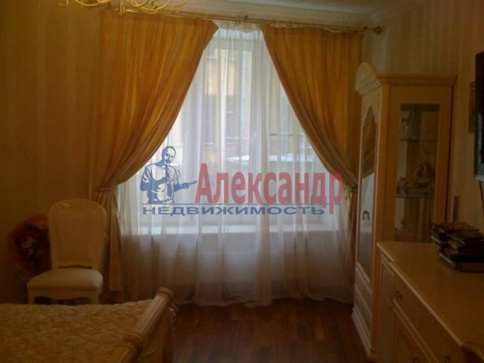1-комнатная квартира (60м2) в аренду по адресу 10 Советская ул., 4— фото 5 из 9