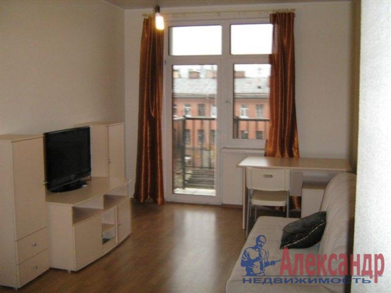 Комната в 2-комнатной квартире (35м2) в аренду по адресу Крыленко ул., 13— фото 1 из 2