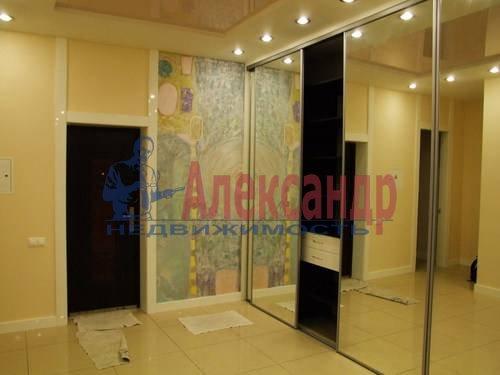 3-комнатная квартира (110м2) в аренду по адресу Комендантская пл., 6— фото 8 из 12