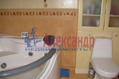 2-комнатная квартира (60м2) в аренду по адресу Коломяжский пр., 20— фото 6 из 7