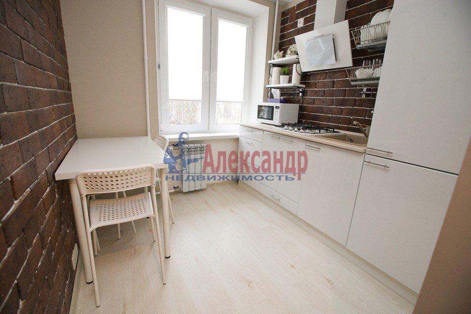 2-комнатная квартира (49м2) в аренду по адресу Кубинская ул., 20— фото 4 из 9