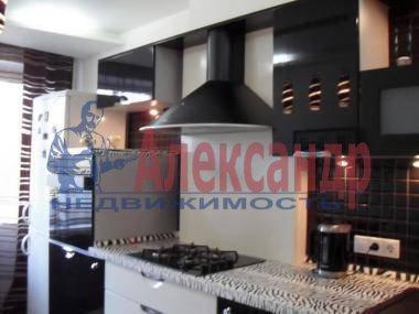 1-комнатная квартира (42м2) в аренду по адресу Варшавская ул., 69— фото 1 из 3