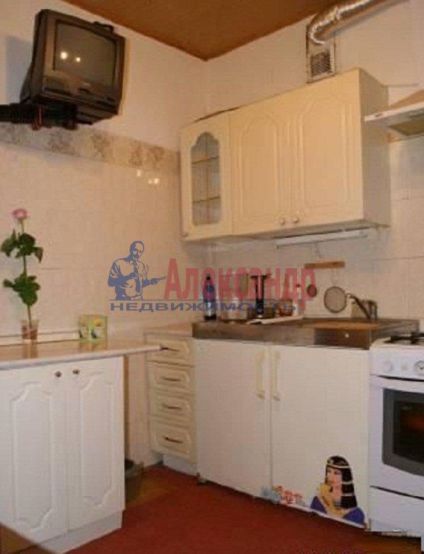 1-комнатная квартира (35м2) в аренду по адресу Шуваловский пр., 68— фото 3 из 4