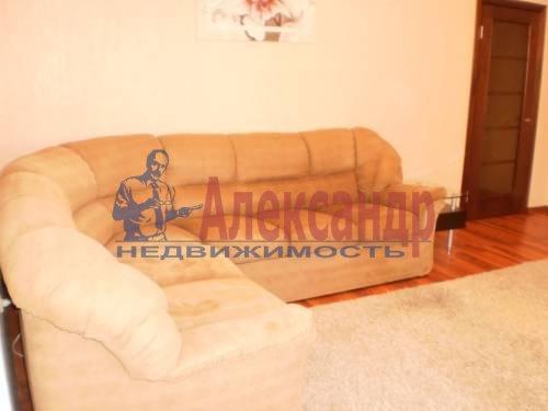 2-комнатная квартира (68м2) в аренду по адресу Энгельса пр., 148— фото 3 из 9