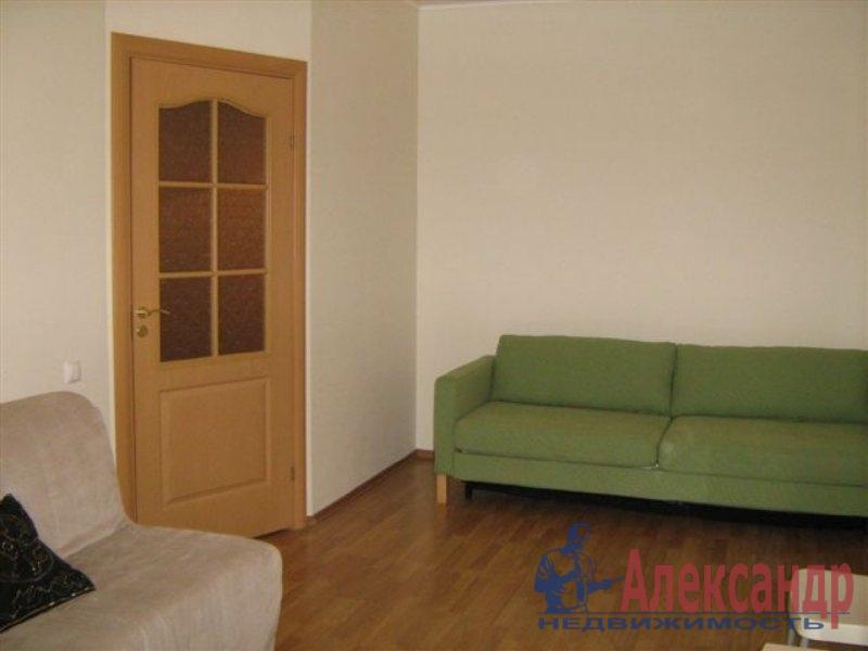 Комната в 2-комнатной квартире (35м2) в аренду по адресу Крыленко ул., 13— фото 2 из 2