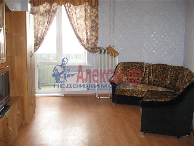 1-комнатная квартира (35м2) в аренду по адресу Вавиловых ул., 4— фото 1 из 8