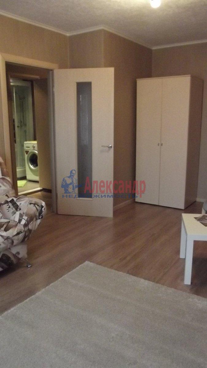 1-комнатная квартира (38м2) в аренду по адресу Котина ул., 6— фото 1 из 4