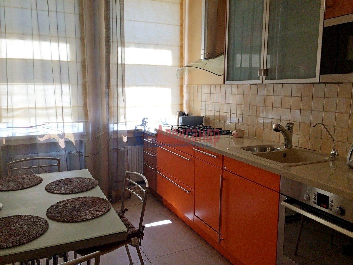 2-комнатная квартира (67м2) в аренду по адресу Гражданская ул., 23— фото 5 из 15