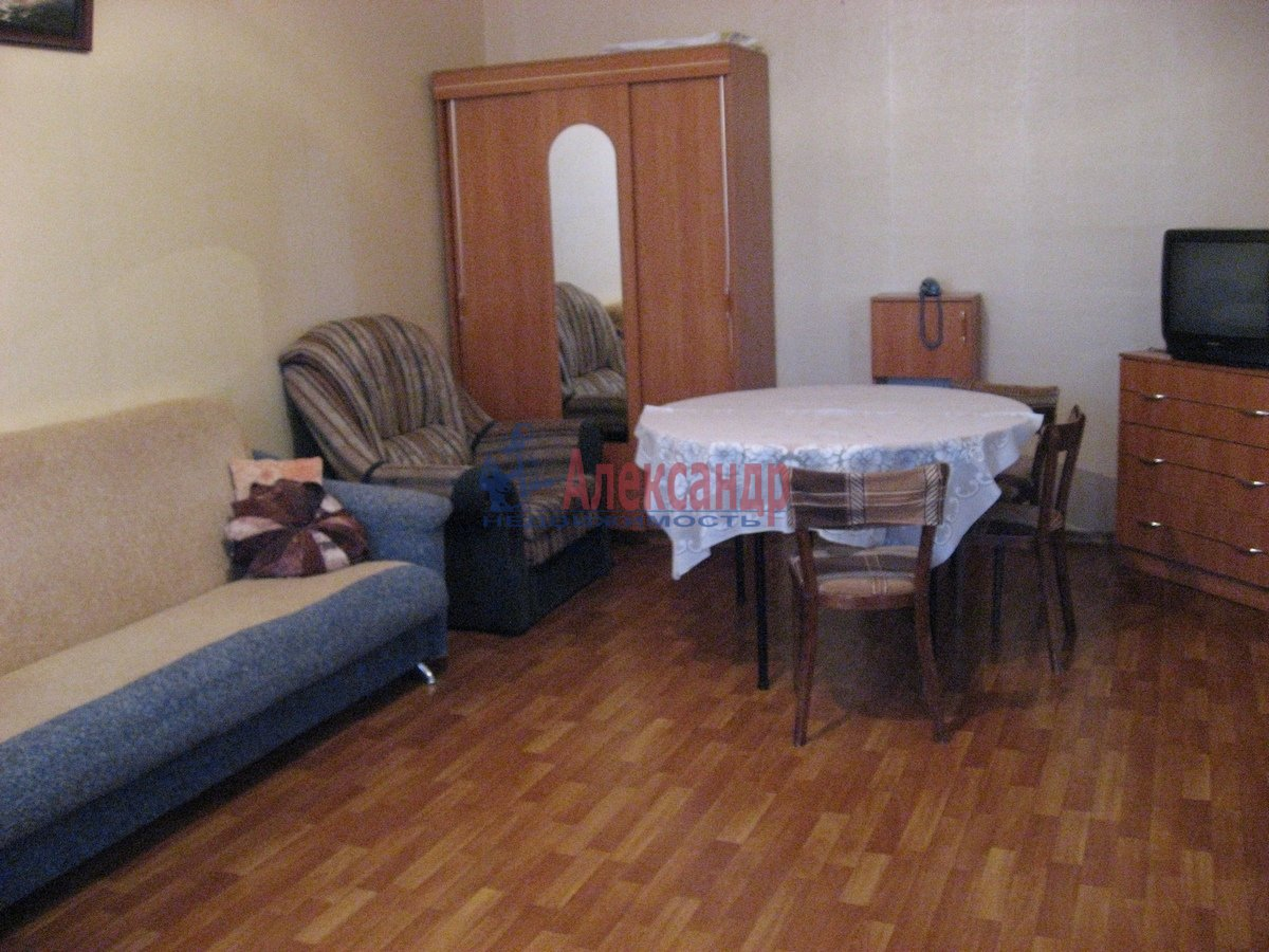 2-комнатная квартира (65м2) в аренду по адресу Савушкина ул., 143— фото 12 из 13