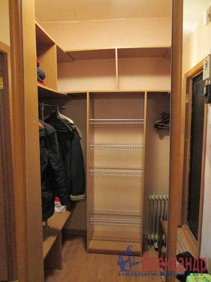 1-комнатная квартира (42м2) в аренду по адресу Лени Голикова ул., 47— фото 3 из 6