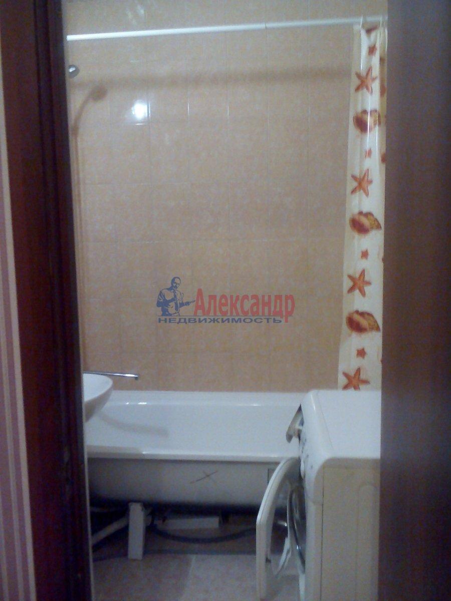 1-комнатная квартира (46м2) в аренду по адресу Кудрово дер., Венская ул., 4— фото 8 из 8