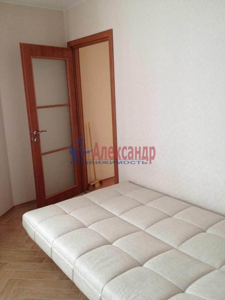 2-комнатная квартира (51м2) в аренду по адресу Клочков пер., 6— фото 3 из 8