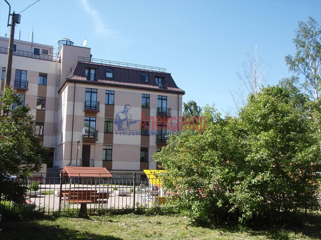 3-комнатная квартира (64м2) в аренду по адресу Павловск г.— фото 5 из 5