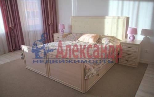 2-комнатная квартира (71м2) в аренду по адресу Полтавский пр-зд., 2— фото 3 из 9