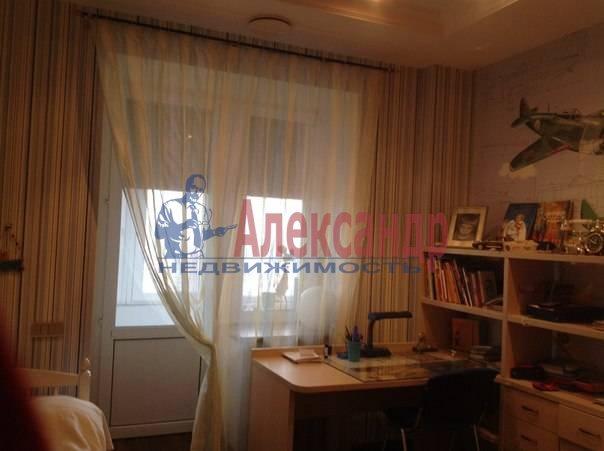 3-комнатная квартира (97м2) в аренду по адресу Луначарского пр., 21— фото 10 из 12
