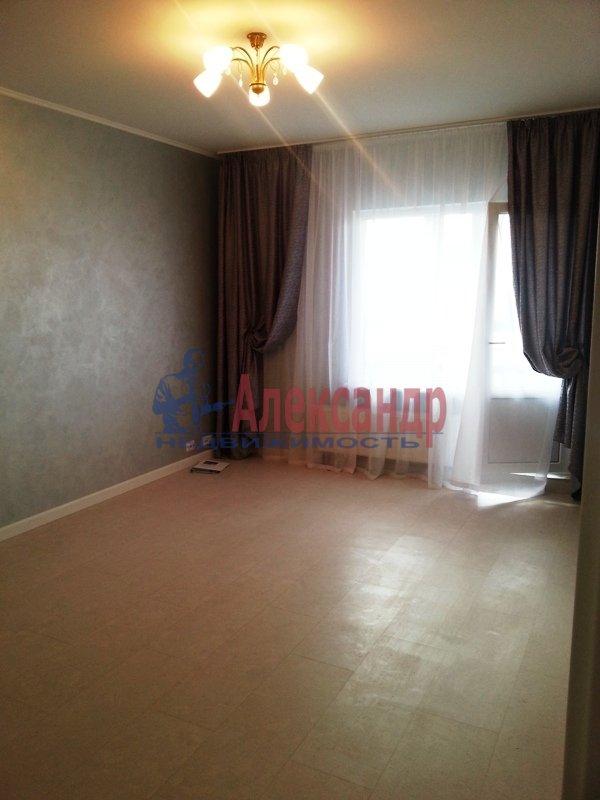 3-комнатная квартира (95м2) в аренду по адресу Наличная ул., 28— фото 12 из 16