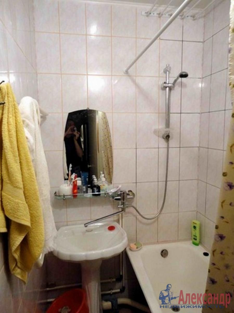 1-комнатная квартира (35м2) в аренду по адресу Славы пр., 2— фото 3 из 3