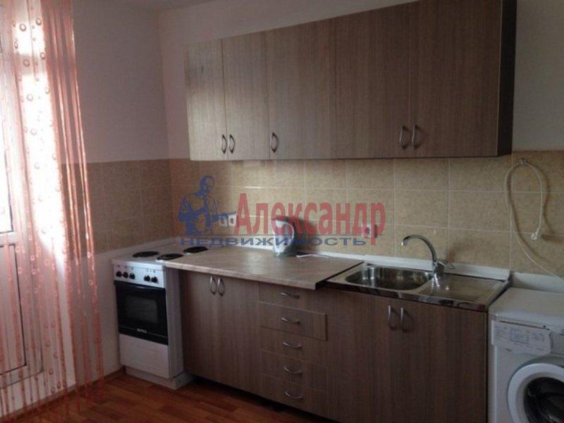 1-комнатная квартира (35м2) в аренду по адресу Латышских Стрелков ул., 7— фото 1 из 5