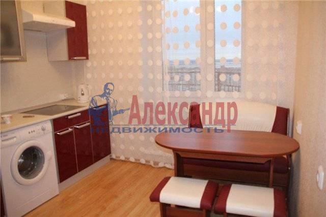 1-комнатная квартира (38м2) в аренду по адресу Караваевская ул., 28— фото 3 из 4