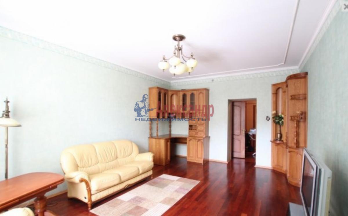 3-комнатная квартира (85м2) в аренду по адресу Чернышевского пл., 10— фото 4 из 9