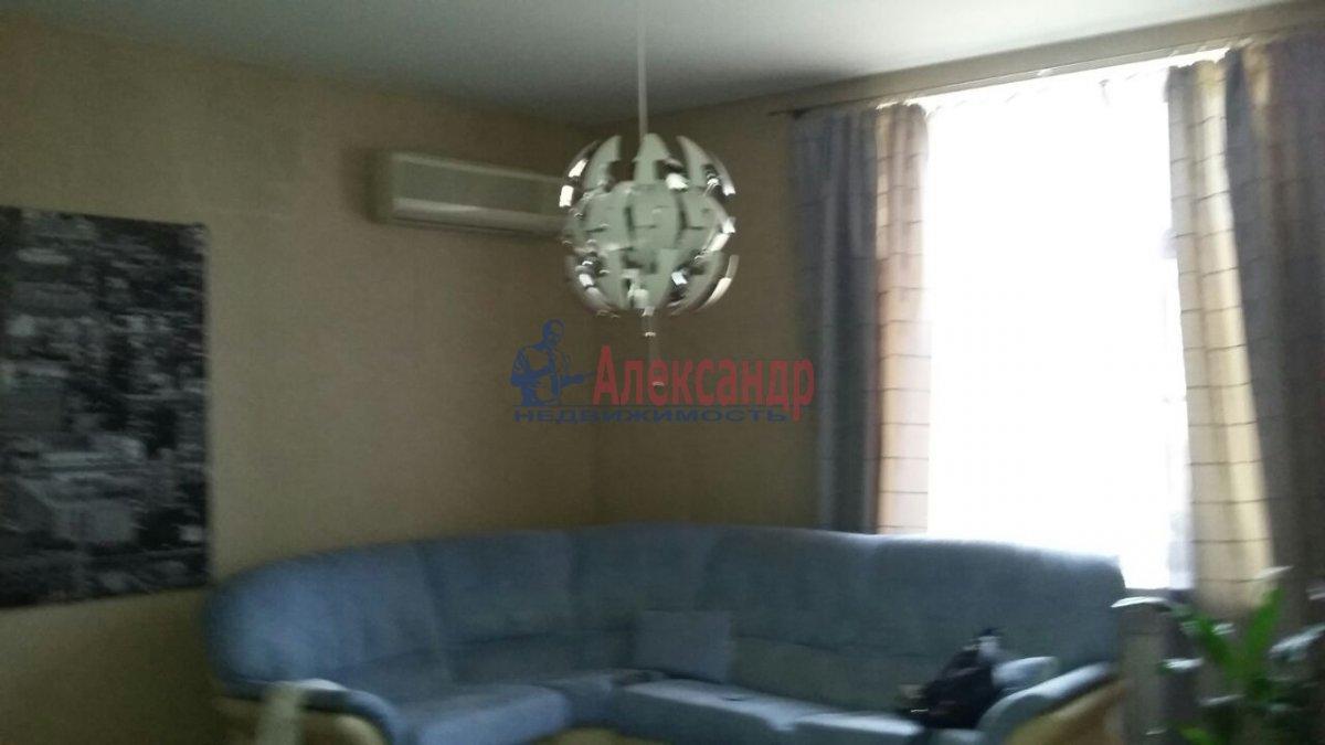 Комната в 3-комнатной квартире (105м2) в аренду по адресу Тульская ул., 9— фото 1 из 11