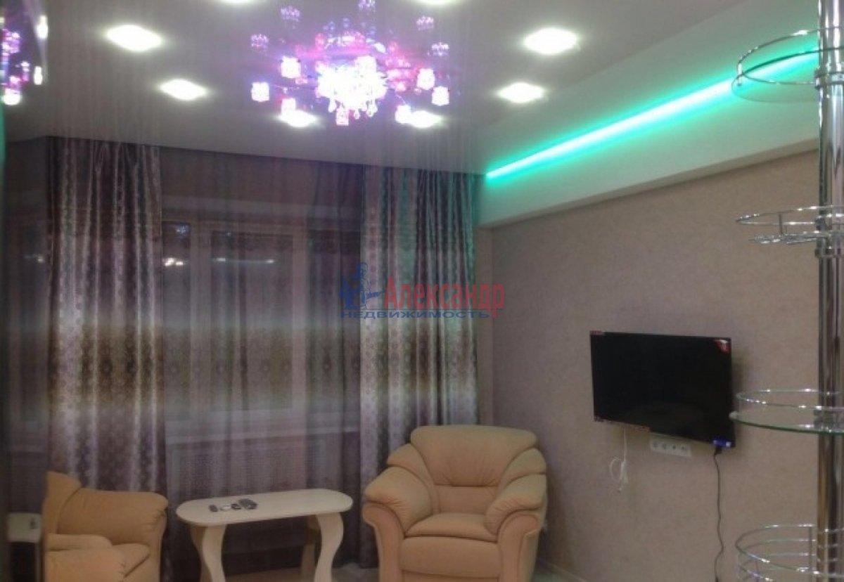 2-комнатная квартира (75м2) в аренду по адресу Богатырский пр., 49— фото 4 из 10