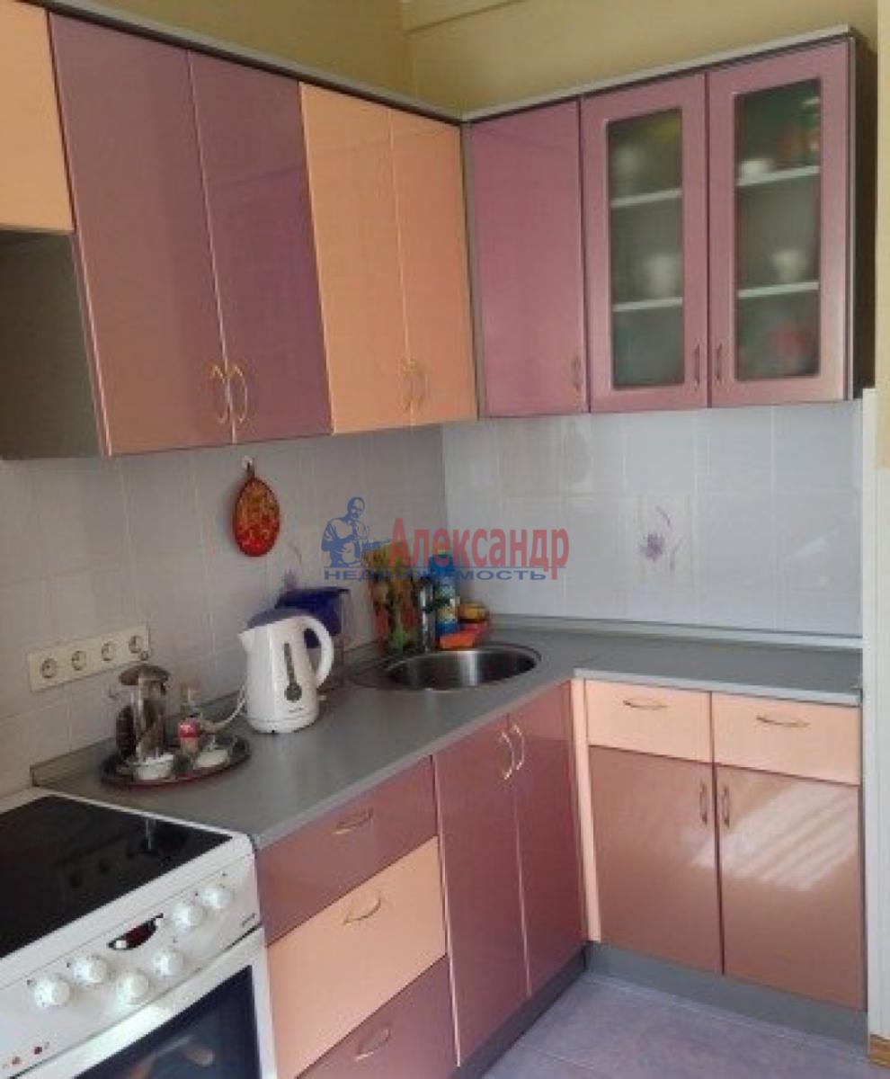 1-комнатная квартира (44м2) в аренду по адресу Автовская ул., 15— фото 2 из 11