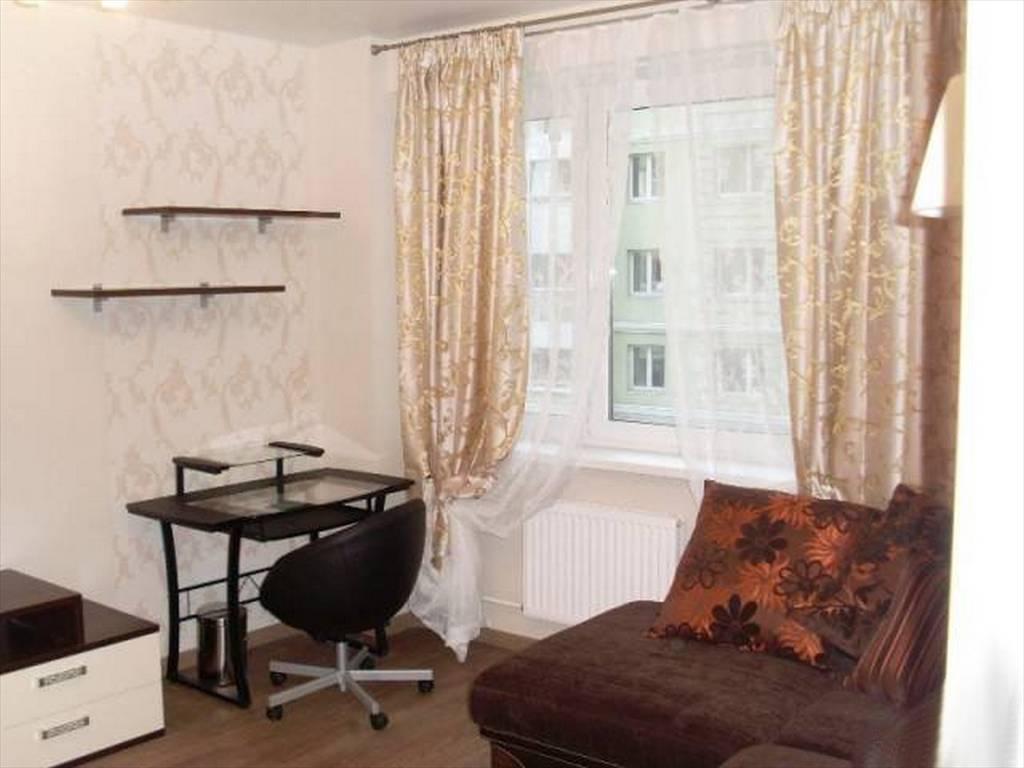 1-комнатная квартира (50м2) в аренду по адресу Стачек пр., 92— фото 11 из 16