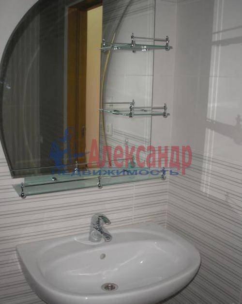 1-комнатная квартира (40м2) в аренду по адресу Богатырский пр., 25— фото 2 из 6