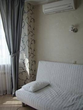2-комнатная квартира (64м2) в аренду по адресу Ушинского ул., 2— фото 3 из 8