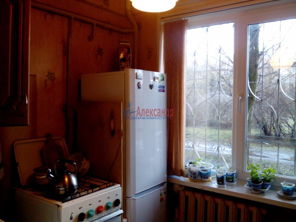 Комната в 2-комнатной квартире (50м2) в аренду по адресу Орджоникидзе ул., 35— фото 4 из 4