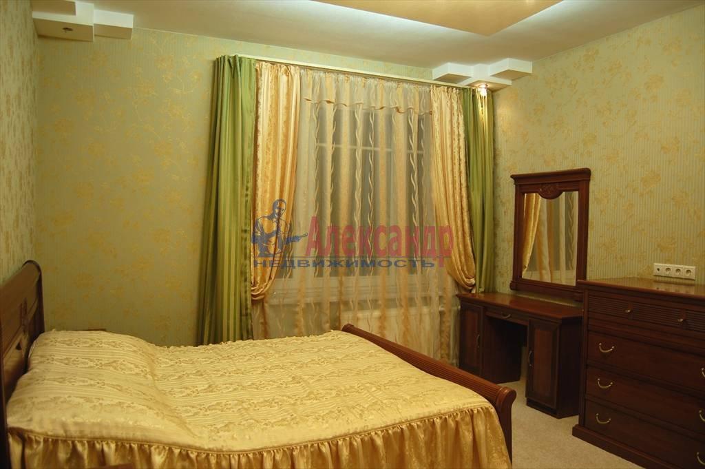 2-комнатная квартира (75м2) в аренду по адресу Нейшлотский пер., 11— фото 7 из 12