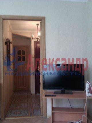2-комнатная квартира (45м2) в аренду по адресу Алтайская ул., 9— фото 3 из 6