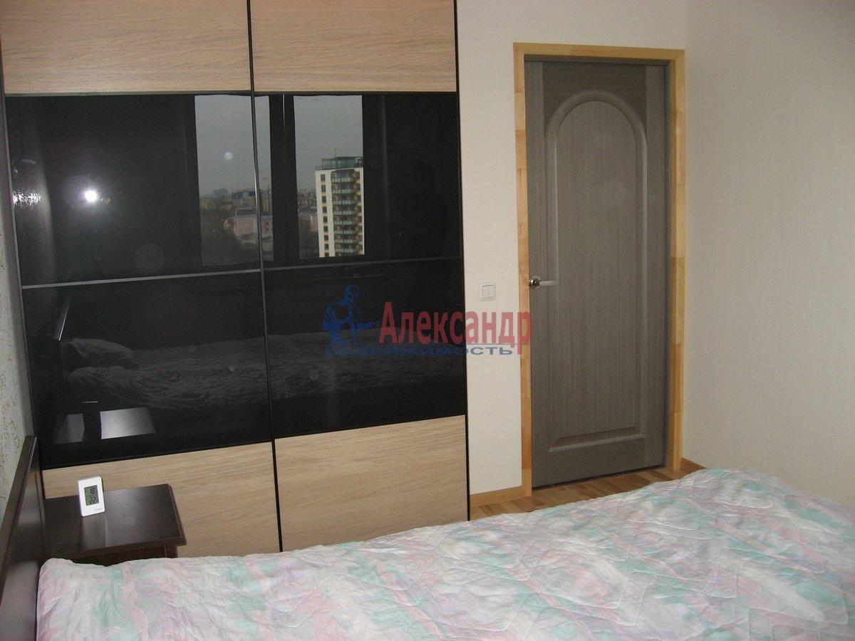 2-комнатная квартира (62м2) в аренду по адресу Одоевского ул., 22— фото 1 из 11