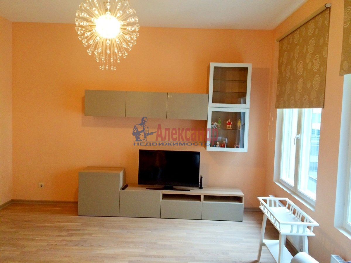 2-комнатная квартира (102м2) в аренду по адресу Обводного канала наб., 108— фото 3 из 8
