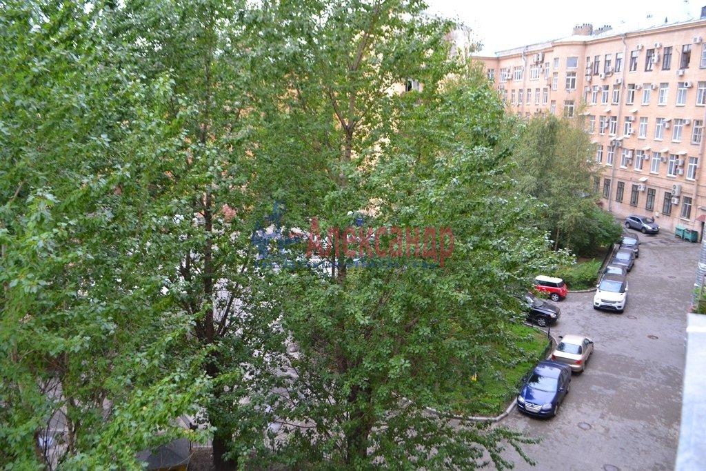 3-комнатная квартира (93м2) в аренду по адресу Суворовский пр., 62— фото 14 из 14