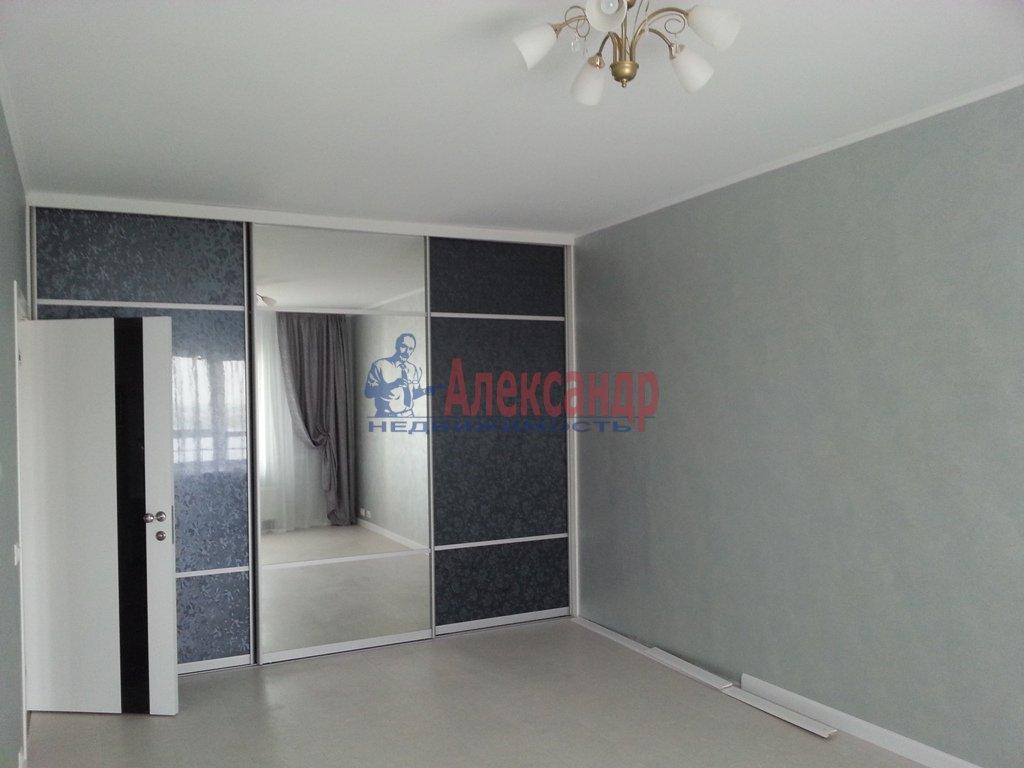 3-комнатная квартира (95м2) в аренду по адресу Наличная ул., 28— фото 15 из 16